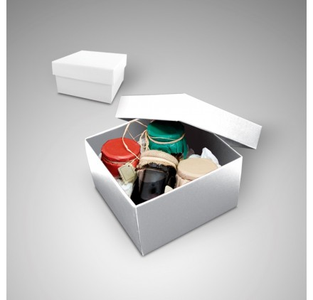 Medium color white box Gourmet measures 205x205x120mm